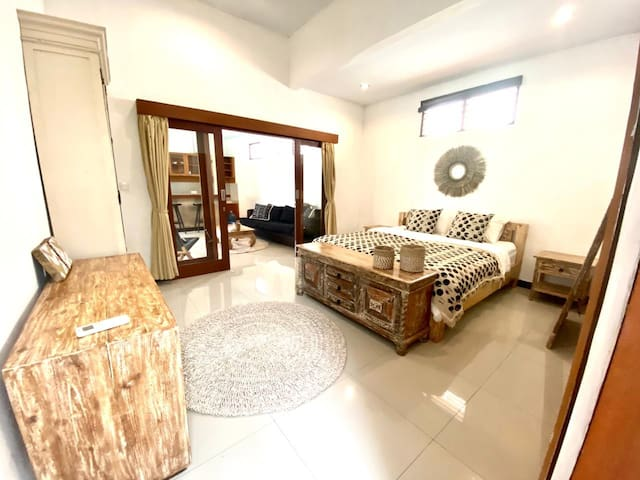 Nice Cozy House with Garden in Berawa