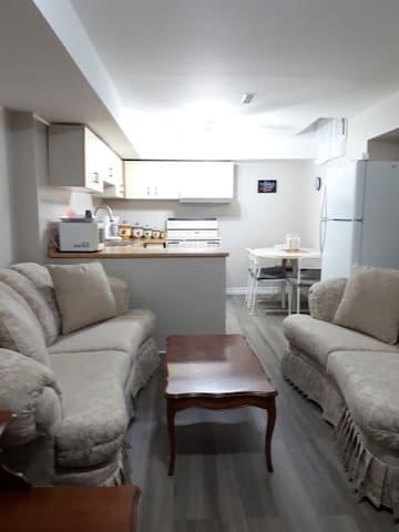 Private Suite downtown Mississauga