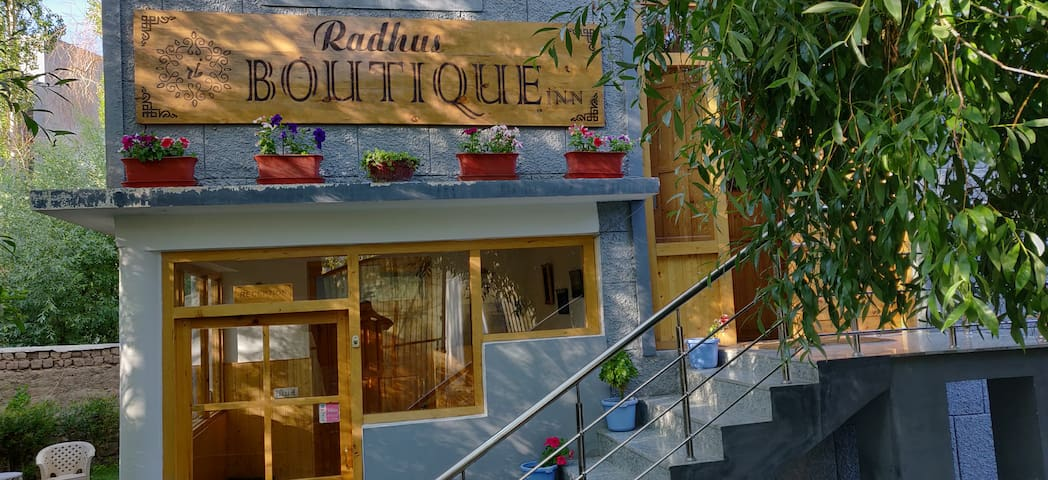 RADHU'S BOUTIQUE INN is a family run property.