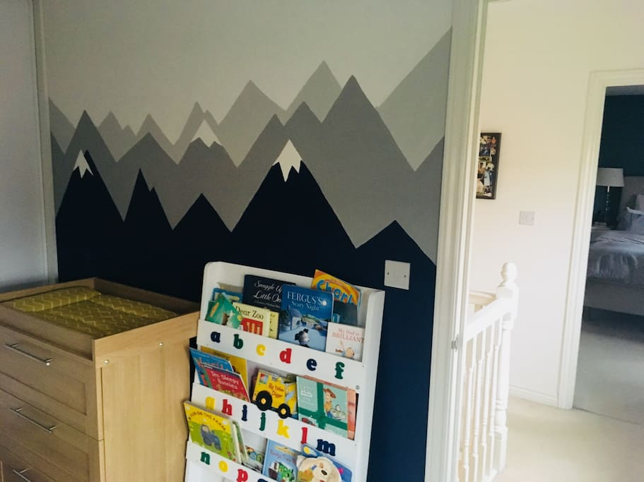 Nursery - changing station and book case