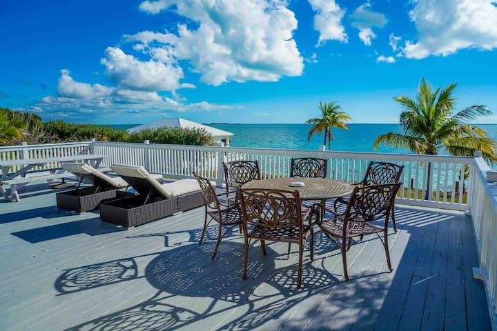 Beachfront Royal View
