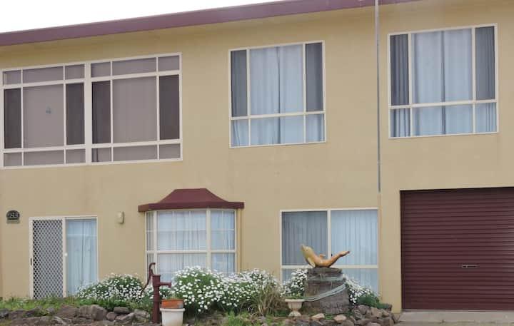83 Sunrise Dve 2 Storey BeachHouse