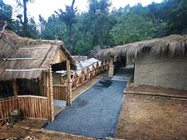 Brand New Independent Mud House Kanthalloor