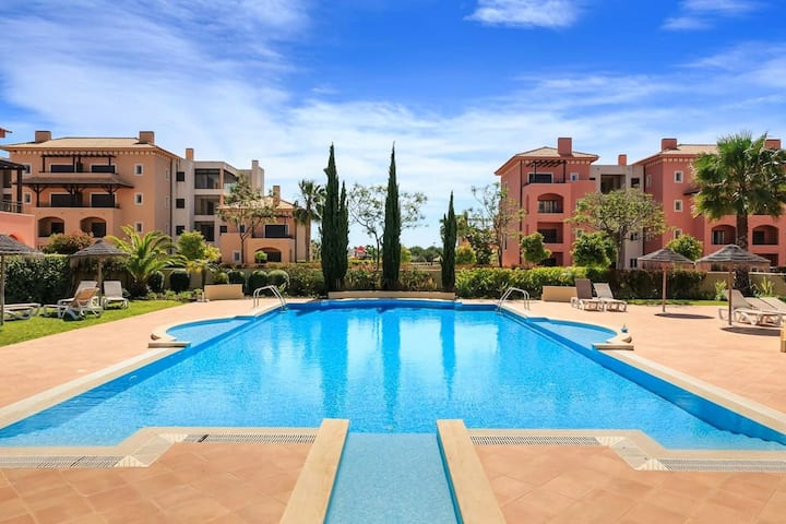 Apartment with 2 bedrooms in Vilamoura, with wonderful city view, shared pool, terrace - 9 km from the beach