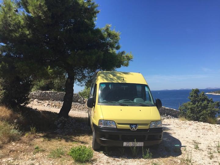 BigYellow Camper van - cozy road trip