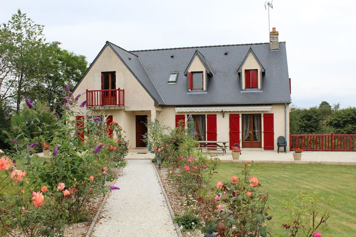Comfortable house mancelles alps - Gesvres - 一軒家