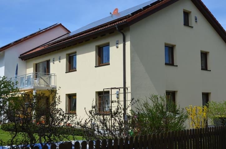 Modern eingerichtete 95 qm Wohnung - Landsberg am Lech - Appartement