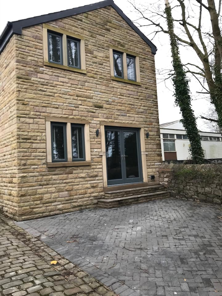 Modern house in the Centre of Historic Clitheroe