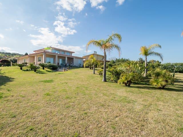 Benvenuti B&B Villa Le Bouganville - Stanza Viola
