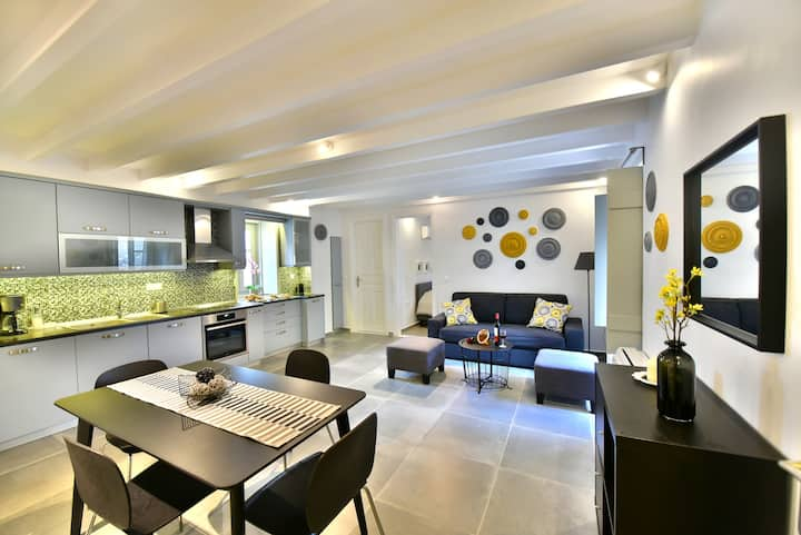 Kallia's luxury apartment