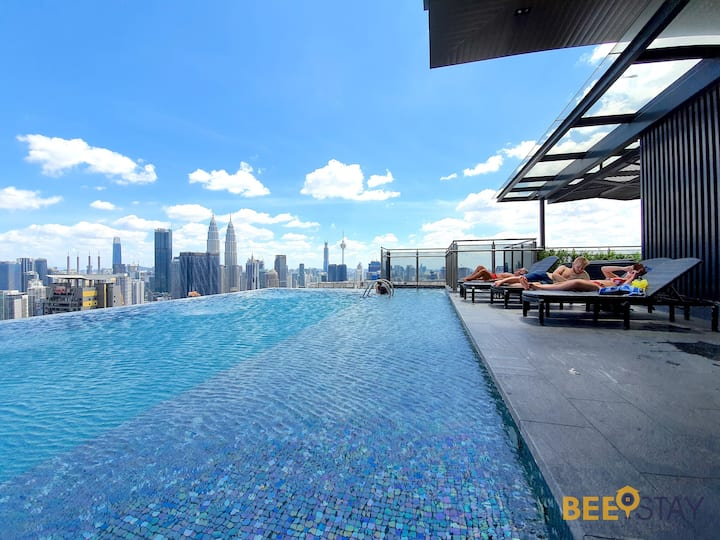 KLCC | Dual Deluxe Suites with Infinity Pool!