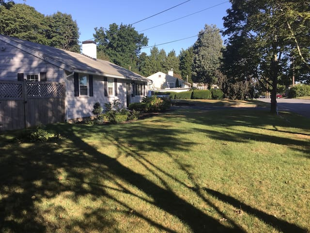 Family Home Convenient to Boston - Hingham - Casa