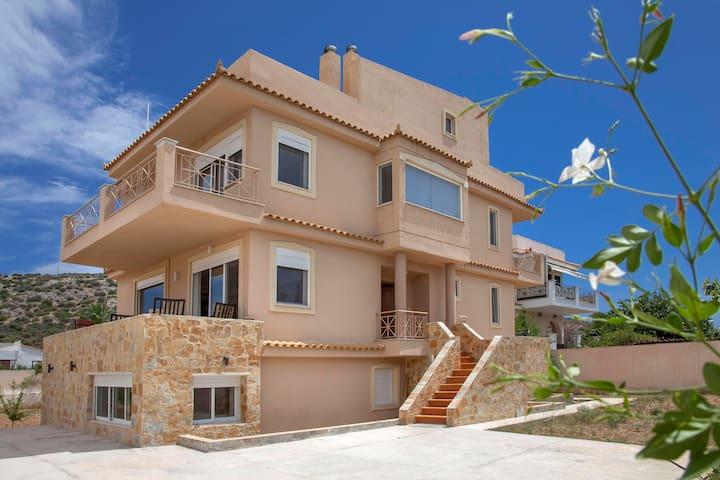 Lagonisi Beach Villa