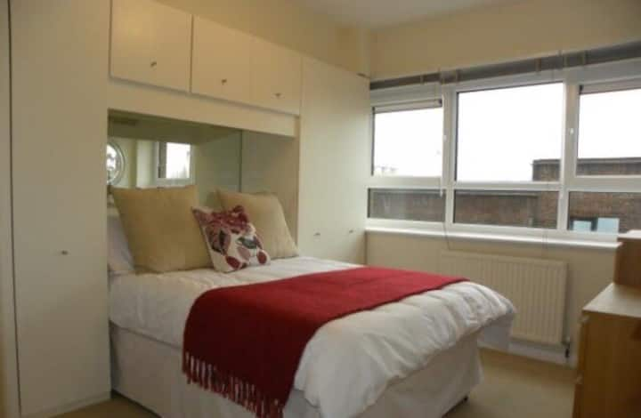two bedroom furnished ground floor in Ravensthorpe