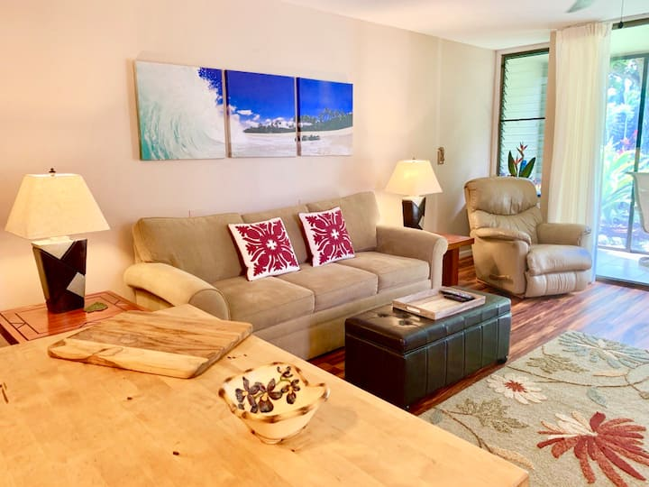 Hale `Ohana ~ Ground floor spacious unit ~ Perfect condo to relax and unwind after your day exploring all the sites of the North Shore