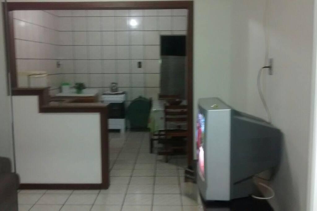 Sala cozinha bem amplas