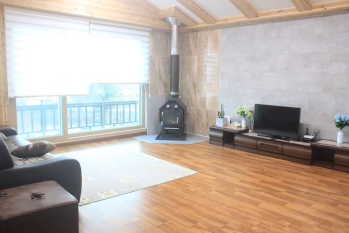 For GROUP visitors: Fully-equipped, calm&nice view - Seo-myeon, Chuncheon - Villa