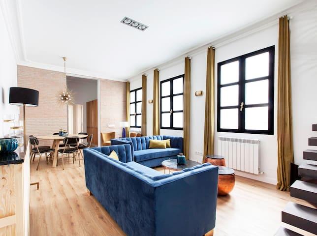 Eclectic apartment in GRAN VIA
