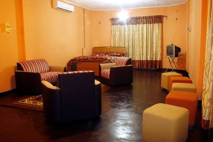 Private Room, Studio Apartment Ambatenna, Kandy.
