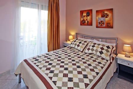 Zephyros Family Apartments 13