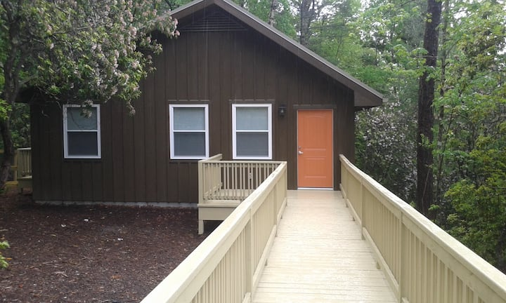 Ivy Ridge, a Pet-Friendly Cabin in the Woods
