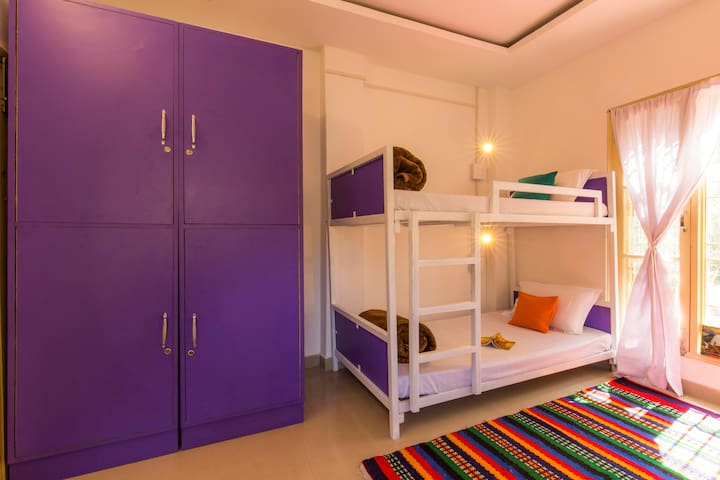 Bed in 4 Bed Mix Dormitory @ goStops Amritsar