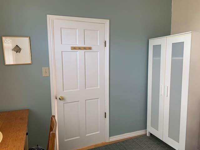 Quiet, airy room