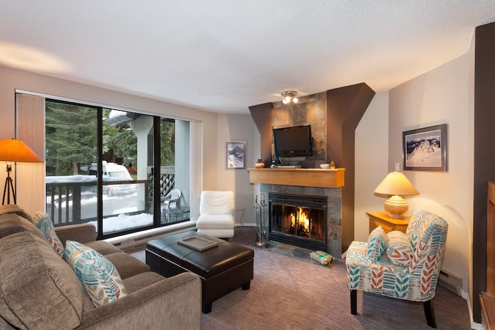 Gables 35 - 4510 Blackcomb Way