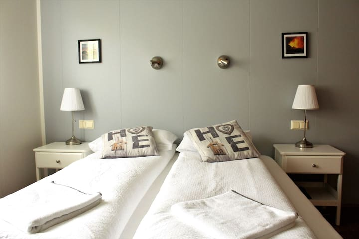 Efra-Sel, room #4 (double bed)