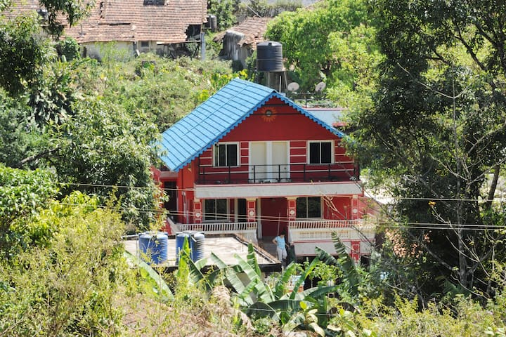 THELMA'S COORG CHALET-Economy Couple Stay.