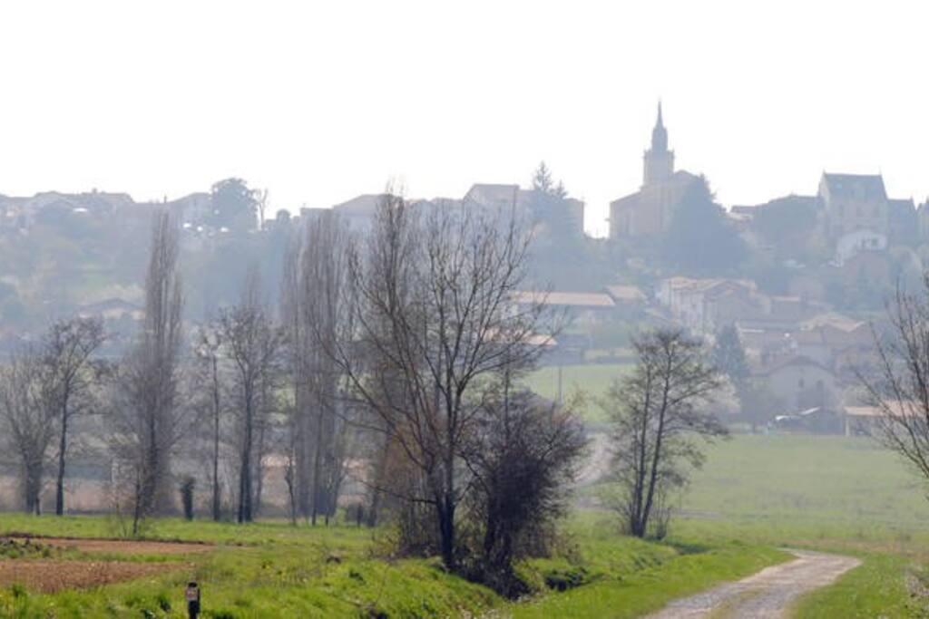 Petit village perché au porte du Tursan