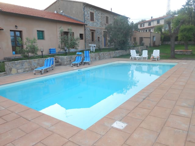 casolare con piscina vista mare 2 - Nibbiaia - Holiday home