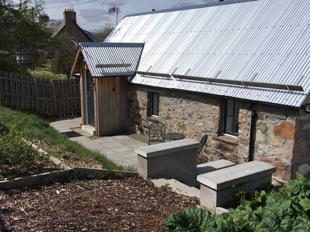 Chapel Brae Bothy
