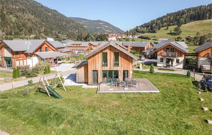 Holiday cottage with 4 bedrooms on 135m² in Murau