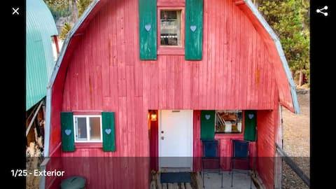 Cottage - Lakeside w/private Hottub near Big White