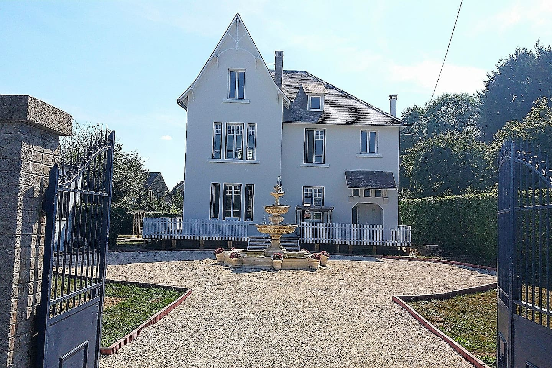 Sweet Water Manor House