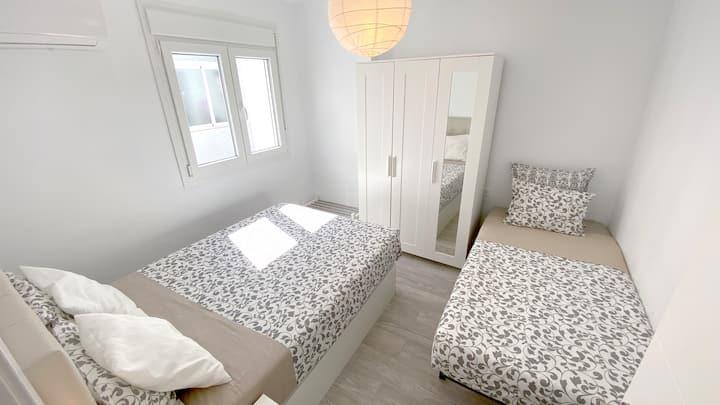 La Cala Centre — Mini-Apartment ☼☺♥