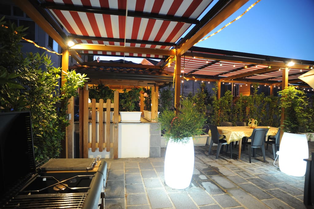 area esterna relax con barbecue