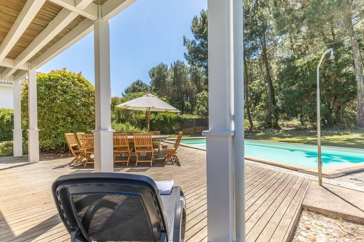 Villa avec piscine privée   Club de golf de Moliets + près de la plage
