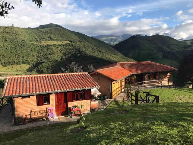 Rancho El Reflejo (Country Cottage)