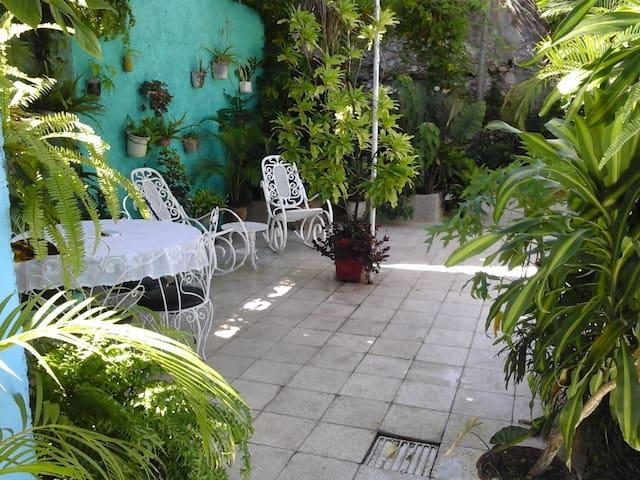 Jardin de Los Medicos