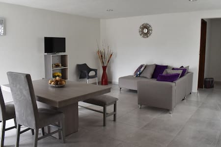 New and Luxury Apartment! Free parking