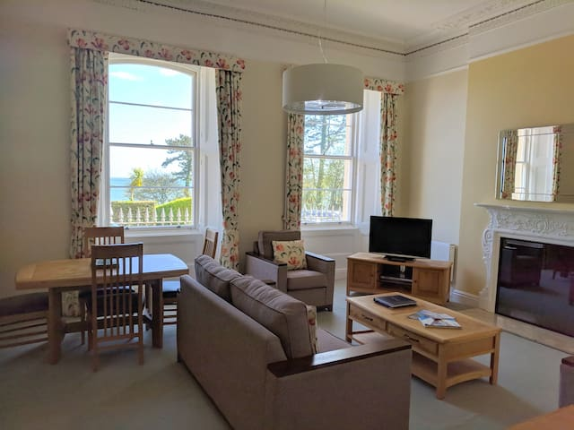 The Osborne Apartments - Apt 01 - 1 Bed Sea View