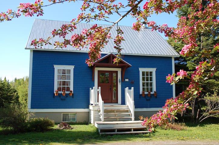 Jolie maison de campagne  tout près de la plage