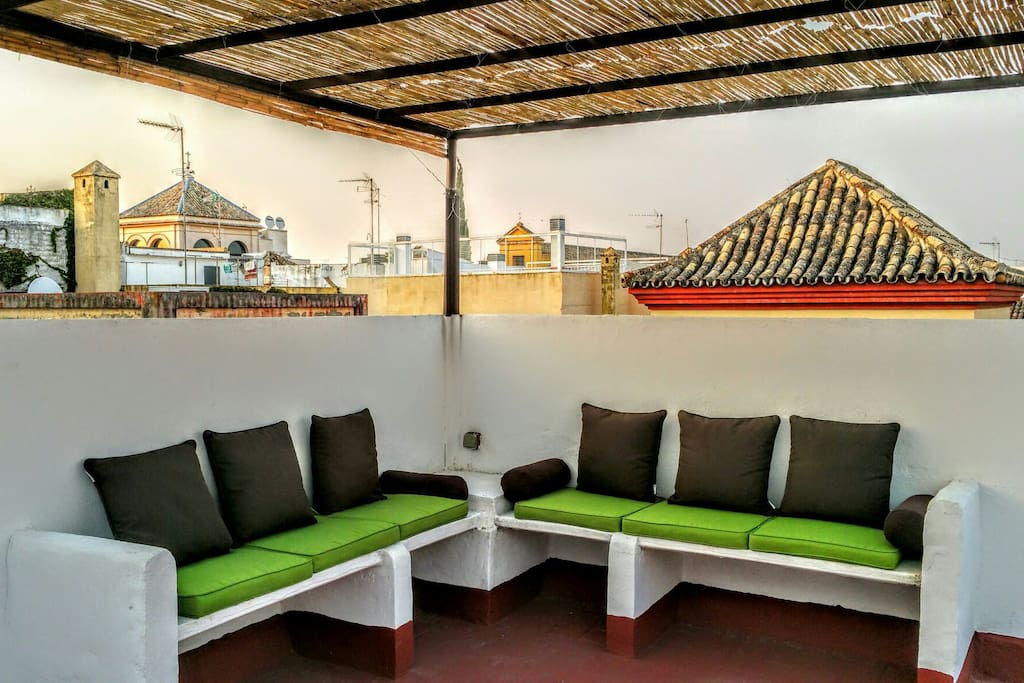 Terrasse on the roof (just for 2 apartments).