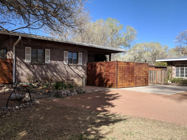 Pecan Lane Ranch House-Verde River and Sunsets!