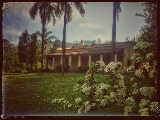 Visit Finca Carenzo Lozano - Jujuy - Talo