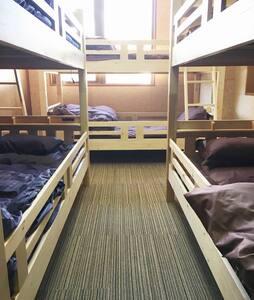 3F 6bedrooms