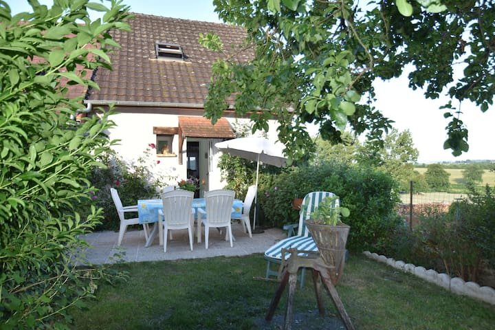 Holiday home in a quiet location with a comfortable indoor swimming pool, just outside of Vignol