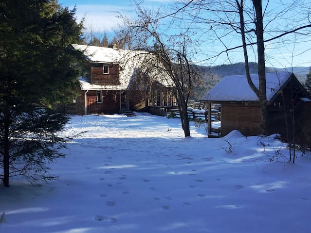 Mountainside Home Near Killington - Stockbridge - Chalet